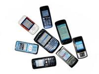 Ngày càng nhiều người Mỹ dùng điện thoại vào mạng