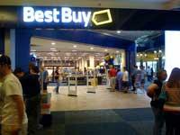 BestBuy cắt giảm nhân sự để cạnh tranh với Amazon và Wal-mart