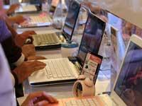 Laptop nhiều hàng mới nhưng ít khách mua