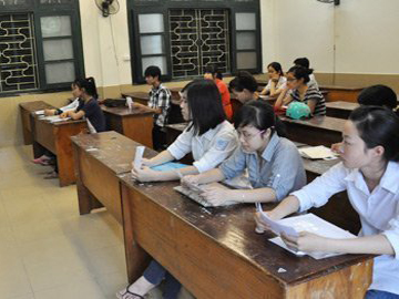 Hơn 600.000 thí sinh thi đại học môn Toán