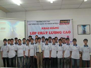 Hanoi-Aptech: Chào đón thành viên mới A1205M và các Tân Trạng Nguyên, Bảng Nhãn, Thám Hoa