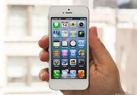 So sánh iPhone 5 với Galaxy S III