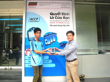 Read more about the article Quyết định của Tuấn chọn Samsung Galaxy S3 để bắt đầu Lập trình tại Hanoi – Aptech
