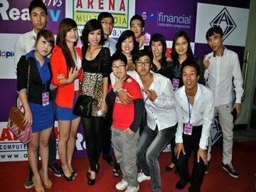 Read more about the article Ê kíp thực hiện ATV Media 2012 – Họ là ai? Và Họ đang làm gì trước giờ G?