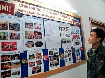 Read more about the article Hanoi-Aptech tưng bừng các hoạt động chào đón sinh nhật 11 tuổi