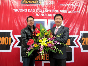 Read more about the article Tưng bừng sinh nhật tuổi 11 của Hanoi-Aptech