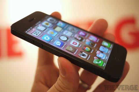 Read more about the article Apple công bố sẽ phát hành iPhone 5 tại 50 quốc gia khác trong tháng 12