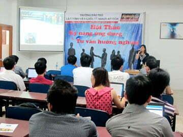"""Hanoi-Aptech: Làm chủ tương lai với quỹ học bổng """"Vươn cao cùng Aptech"""""""