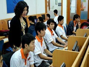 Trường dạy nghề – mấu chốt giải quyết vấn đề thất nghiệp cho người trẻ
