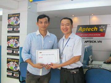 Hanoi-Aptech: Trao giải Khám phá ô chữ CNTT lần 2