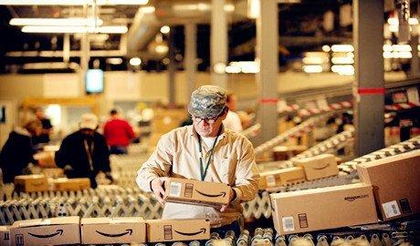 Read more about the article Amazon- Điểm sáng về tuyển dụng nhân lực của MỸ thời kỳ khủng hoảng kinh tế
