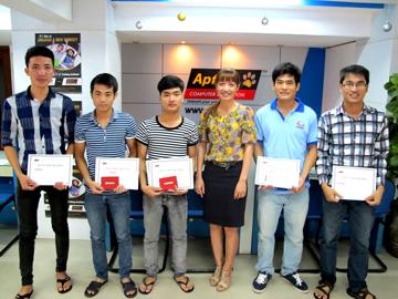 Hanoi – Aptech tổ chức trao thưởng Khám phá Ô chữ CNTT số 7 và 8