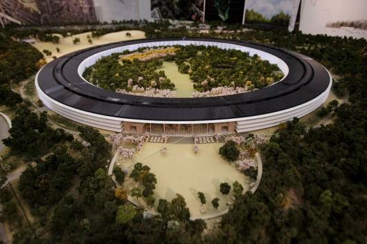 """Trụ sở """"Phi thuyền"""" tương lai của Apple"""
