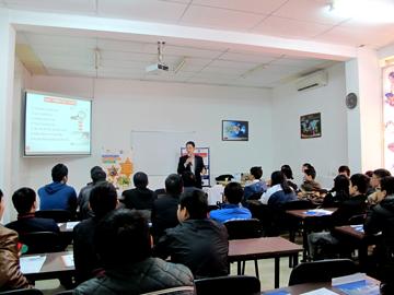 Hanoi – Aptech tổ chức hội thảo định hướng du học liên thông cho học viên
