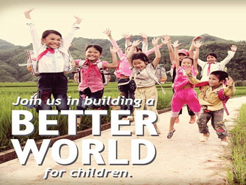 Nụ cười trẻ em Việt rạng ngời trên Facebook Bill Gates