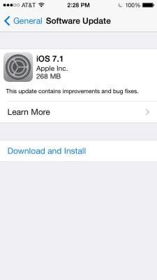 Hãy cài đặt iOS 7.1 nếu bạn dùng iPhone 4-4