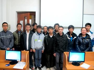 Các tân chuyên gia quản trị mạng N1402M xông đất Hanoi – Aptech đầu năm mới