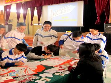 Hanoi – Aptech tham gia hội chợ hướng nghiệp tại trường THPT Nguyễn Siêu