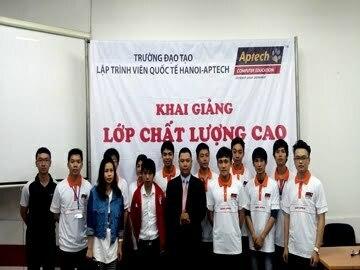 Hanoi – Aptech tưng bừng đón các tân học viên xông đất đầu năm