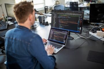 12 Code Editors Và IDE Dành cho Lập Trình Viên
